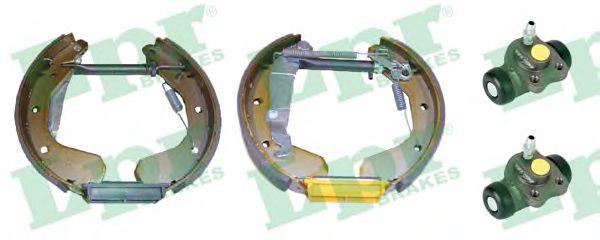 Тормозные колодки LPR OEK015